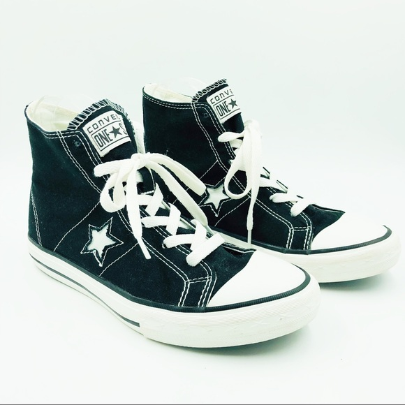 7139a7ec02e7cc Converse Other - YOUTH CONVERSE ONE STAR BLACK AND WHITE HIGH TOPS